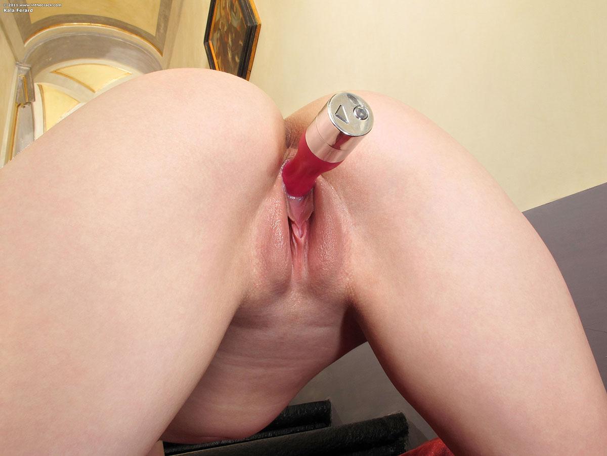 Столб в вагине, огромные предметы в пизде: порно видео онлайн 27 фотография